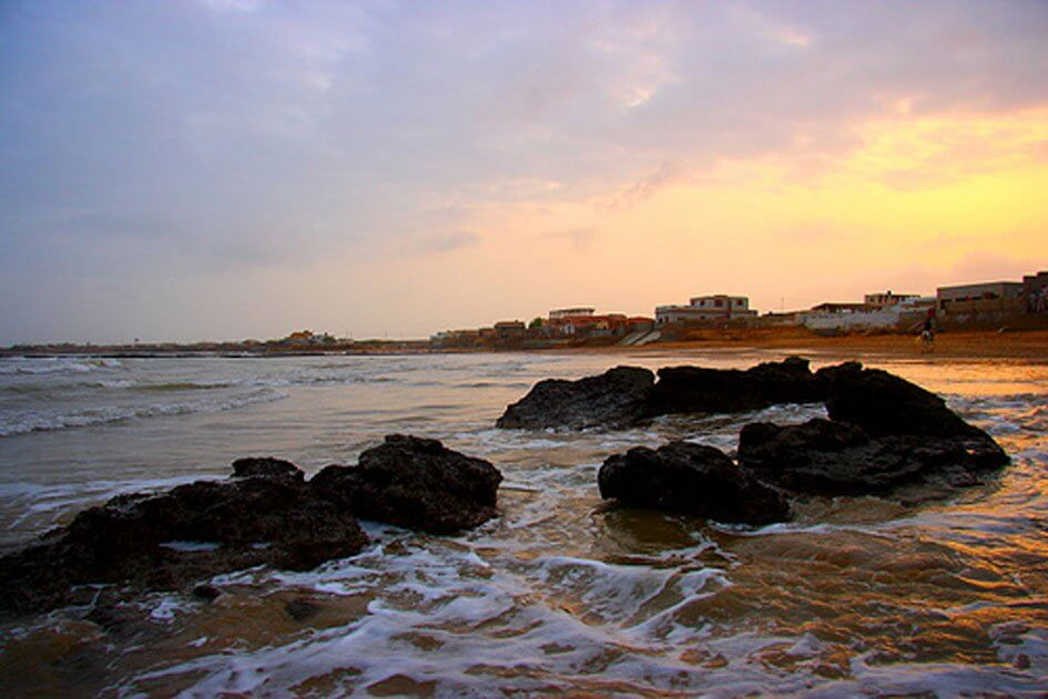 Beaches in Karachi for a Family Beach Picnic - The Event Planet