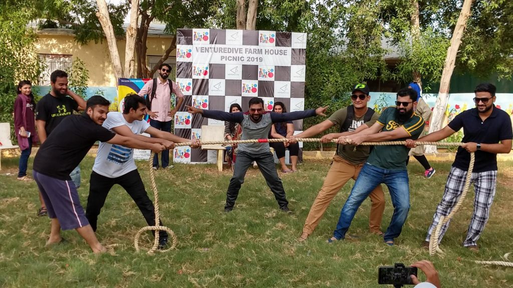 How Beach Picnic & Party Boost Employees Performance - The Event Planet