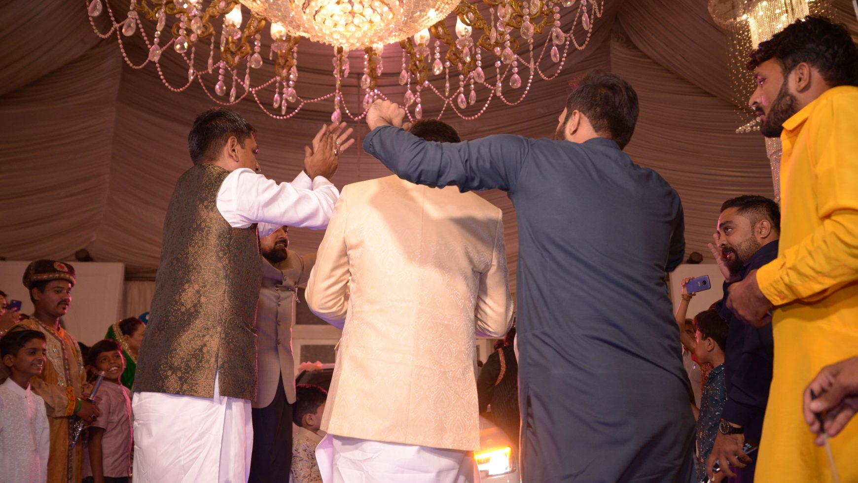 20 Wedding Gifts for Pakistani grooms