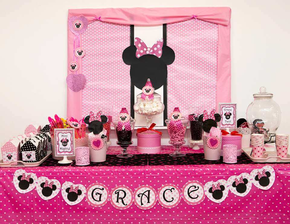 Minnie Mouse theme - The Event Planet